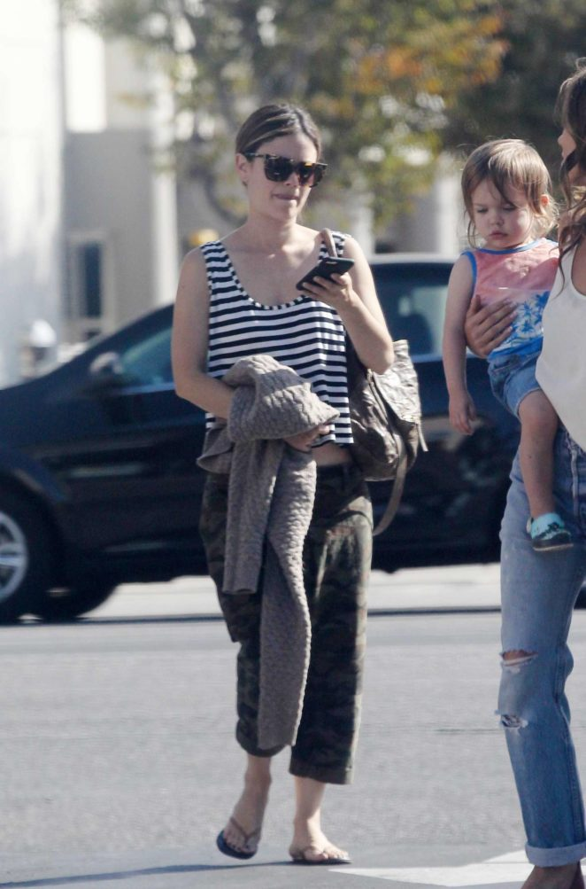Rachel Bilson out for lunch -11