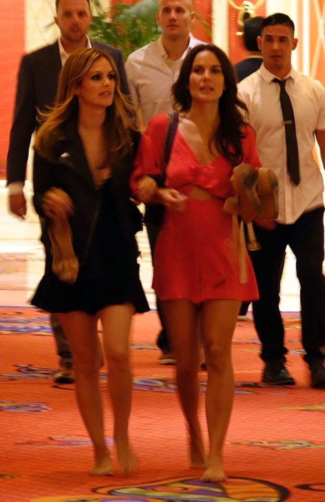 Rachel Bilson - Seen While Going back to her hotel in Las Vegas
