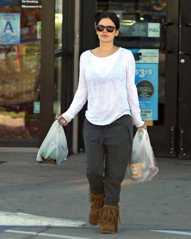 Rachel Bilson - Shopping in California