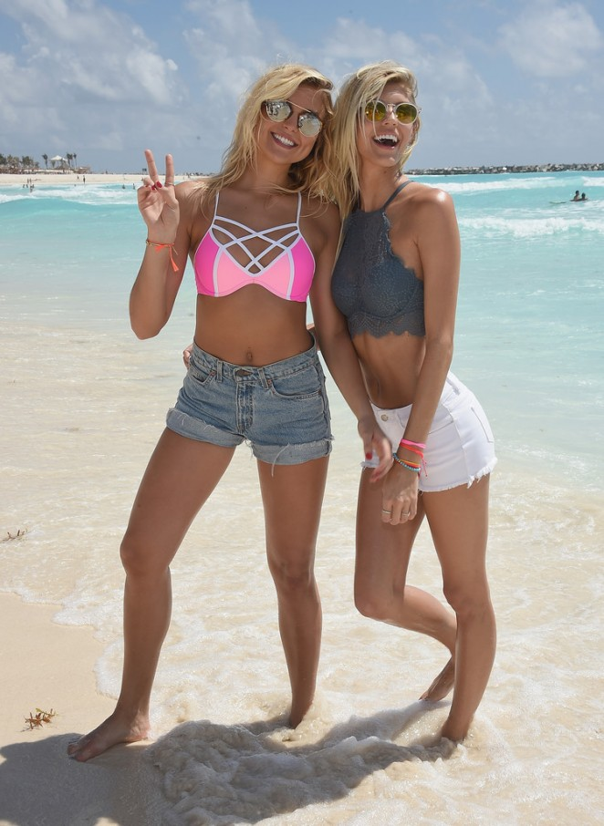 Rachel Hilbert & Devon Windsor – Victoria's Secret PINK Nation Spring Break Beach Party in Cancun