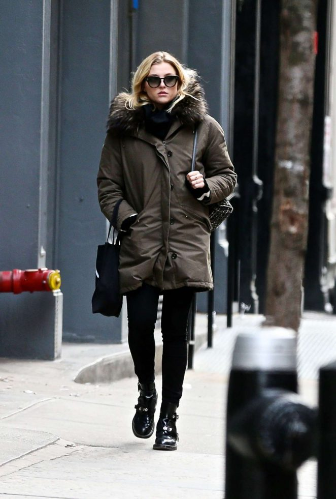 Rachel Hilbert out and about in New York