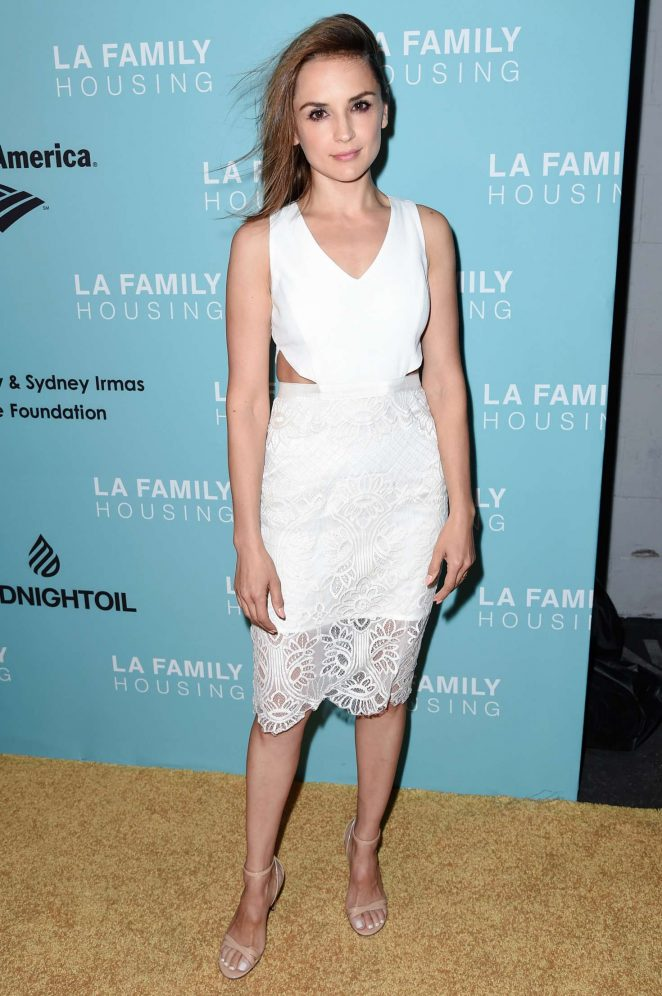Rachel Leigh Cook: LA Family Housing Awards in Los Angeles-01
