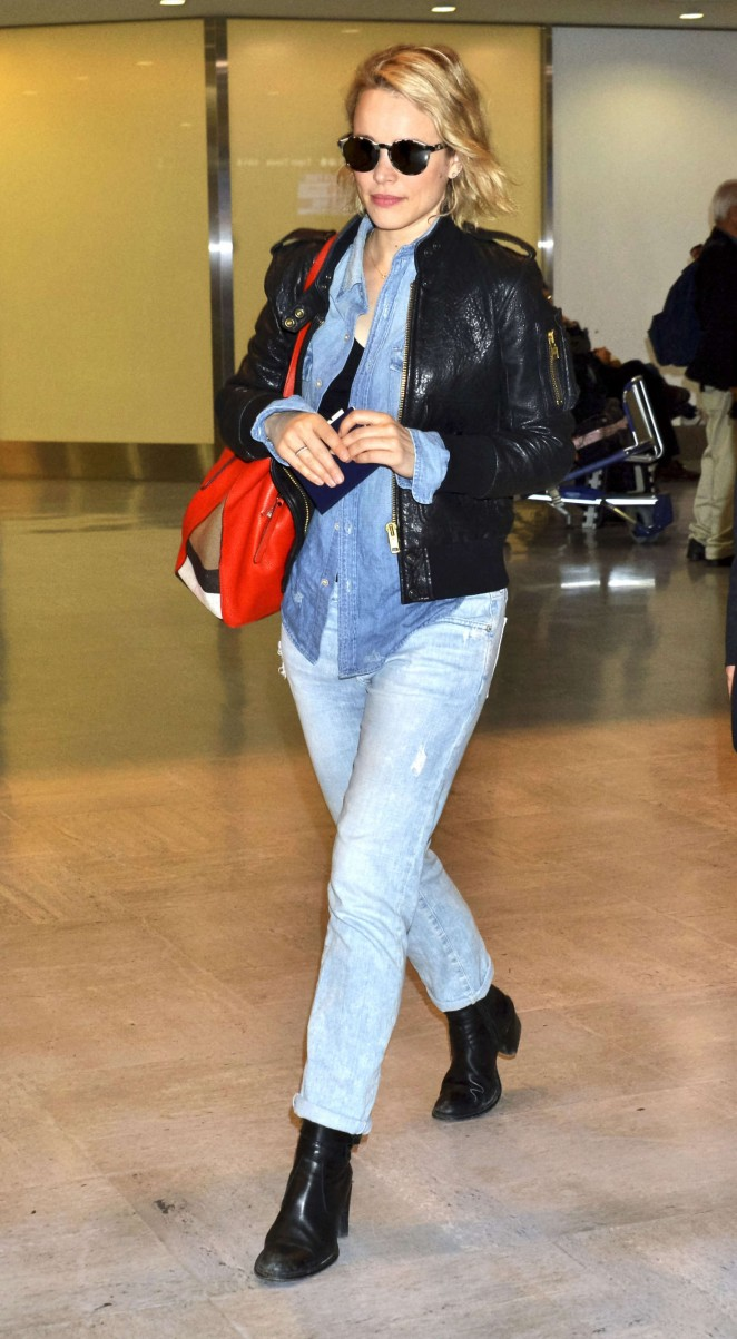 Rachel McAdams - Arrives at Narita International Airport in Tokyo