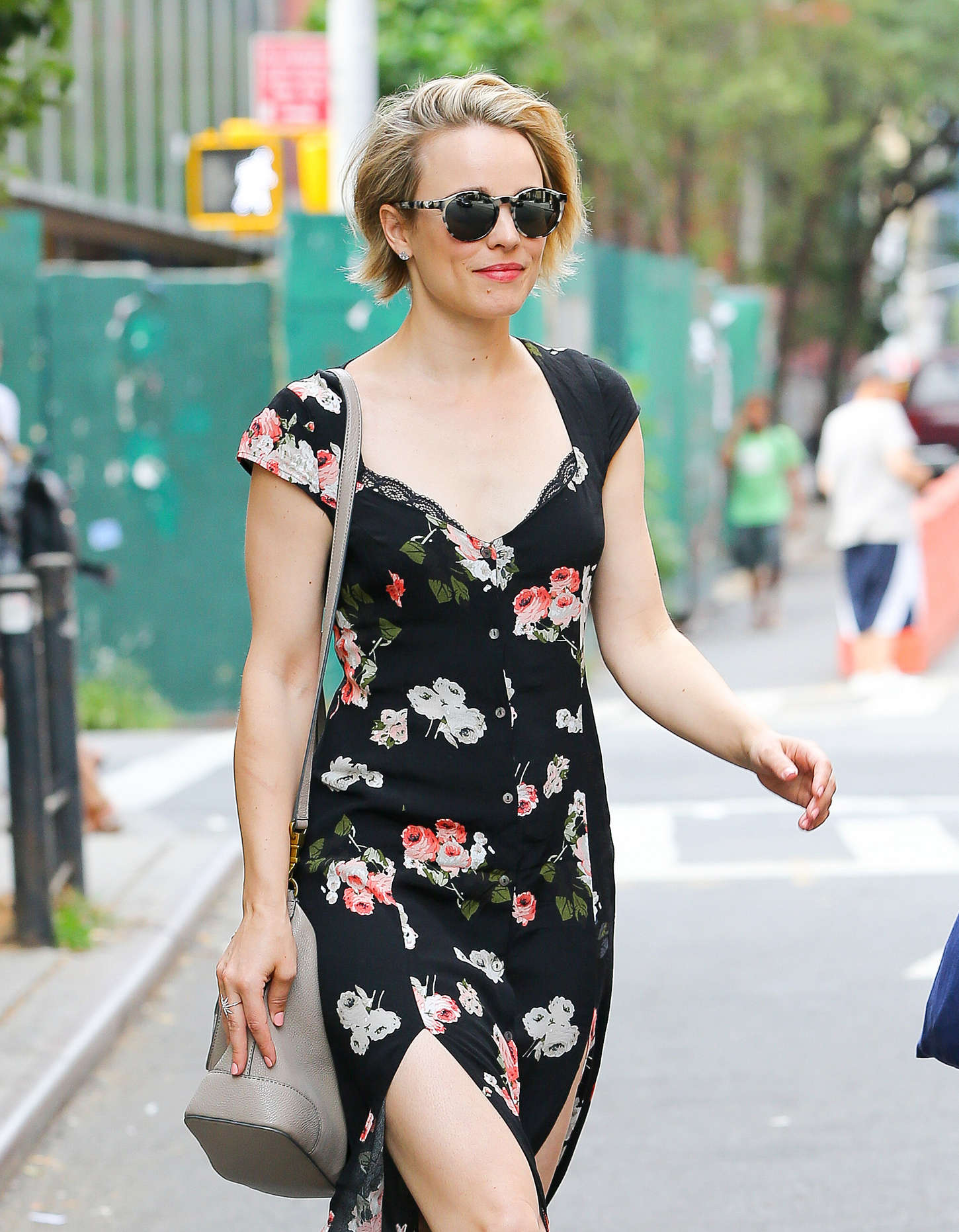 rachel mcadams in floral dress out in nyc. Black Bedroom Furniture Sets. Home Design Ideas