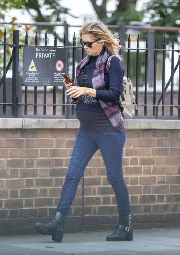 Rachel Riley 2019 : Rachel Riley – Out in London-05