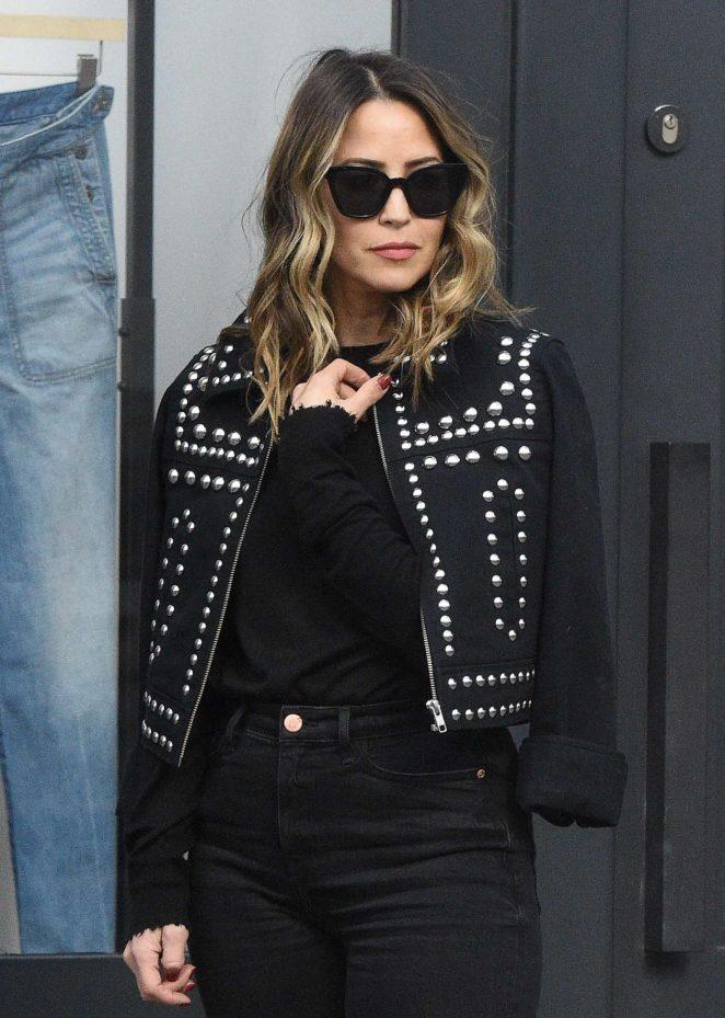 Rachel Stevens in Black Shopping in London