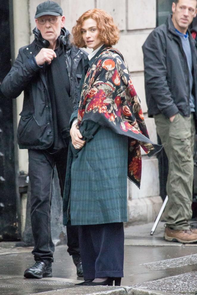 Rachel Weisz on the set of 'Denial' in London