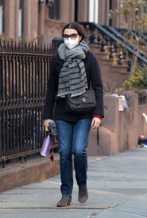 Rachel Weisz - Walk in her neighborhood of Brooklyn