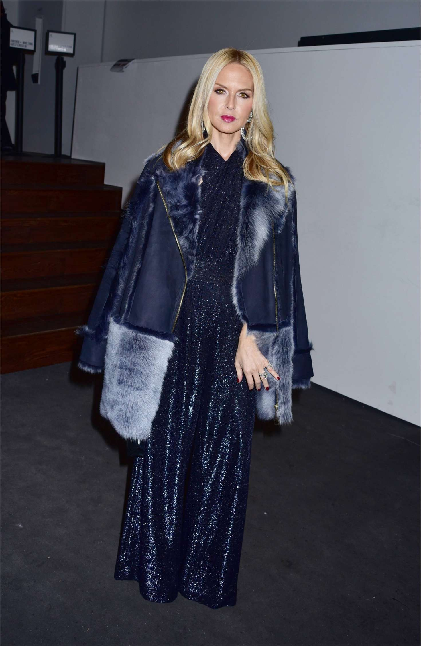 Rachel Zoe Arrives At Prabal Gurung Show 01 Gotceleb