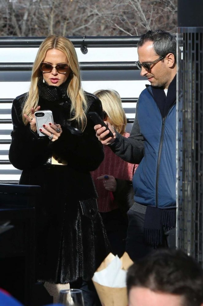Rachel Zoe - Heads to lunch with her husband in Aspen