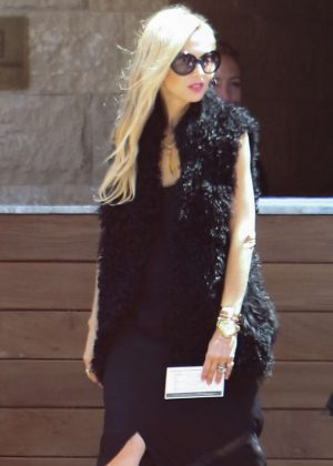 Rachel Zoe in Black out in Malibu