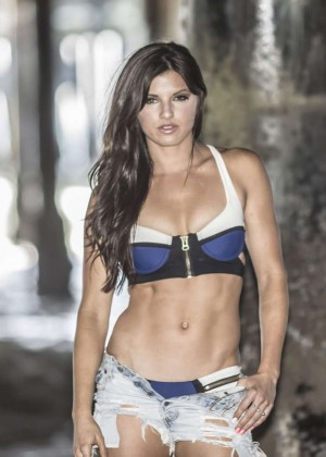 Rachele brooke smith hot body — pic 10