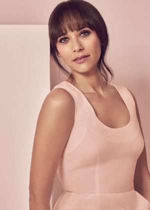Rashida Jones - Good Housekeeping (May 2017)