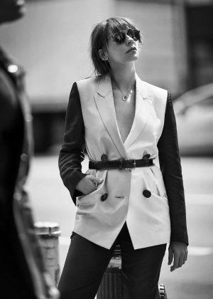 Rashida Jones - The Edit by Net-A-Porter (May 2018)