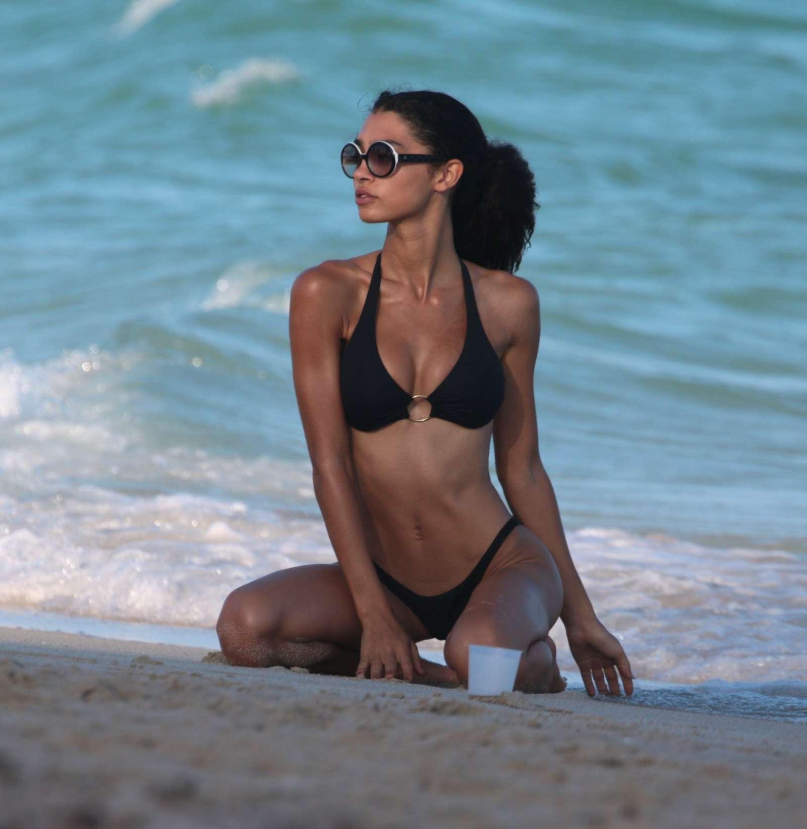 Bikini Raven Lyn nude photos 2019