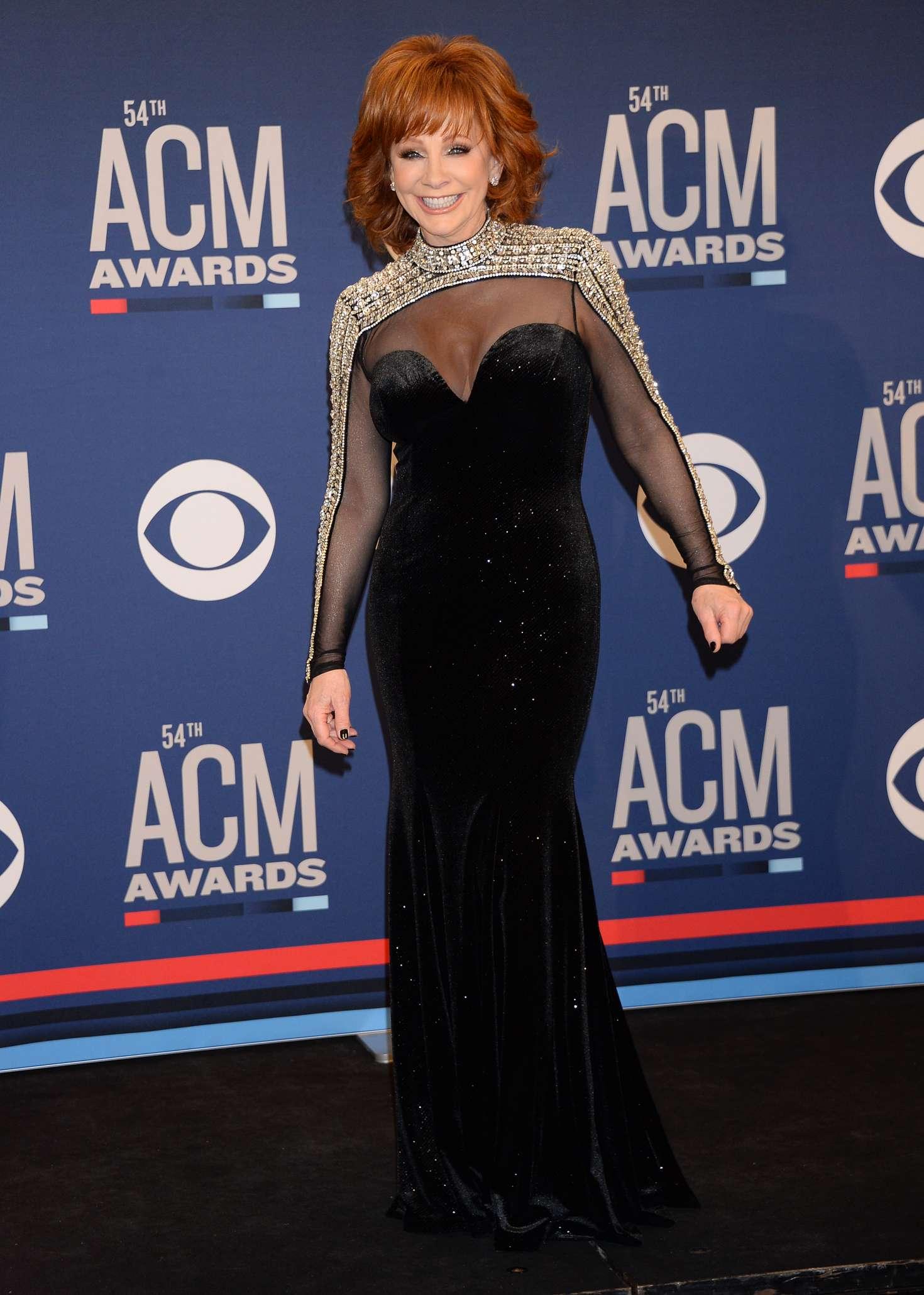Reba Mcentire 2019 : Reba McEntire: 2019 Academy of Country Music Awards -02