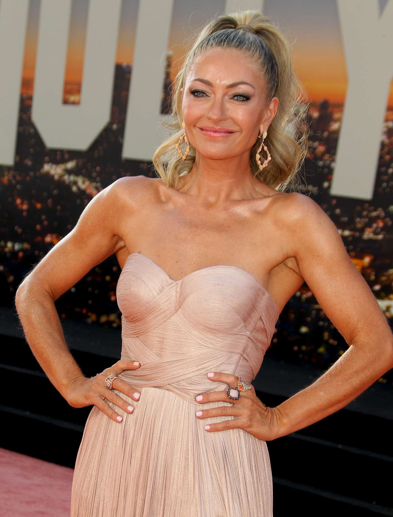 Rebecca Gayheart 2019 : Rebecca Gayheart – Once Upon A Time in Hollywood Premiere-03