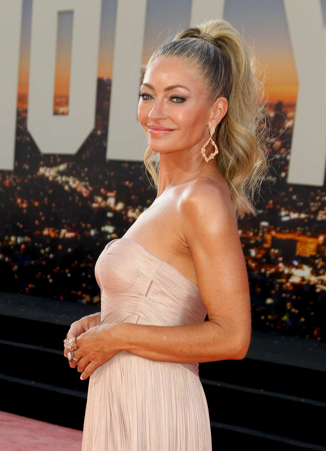 Rebecca Gayheart 2019 : Rebecca Gayheart – Once Upon A Time in Hollywood Premiere-05