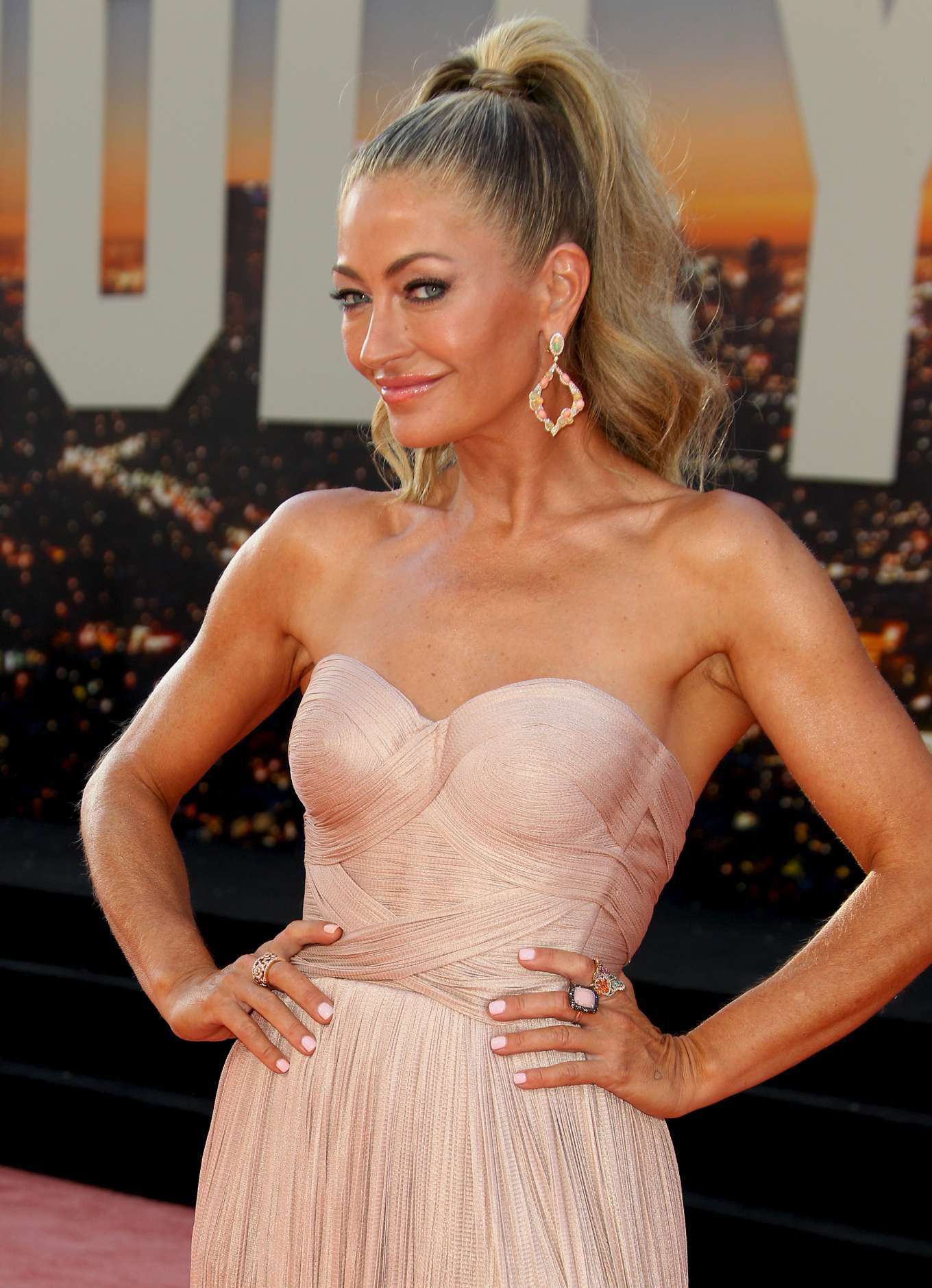 Rebecca Gayheart 2019 : Rebecca Gayheart – Once Upon A Time in Hollywood Premiere-09