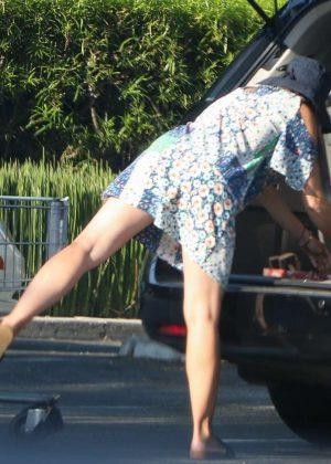 Rebecca Gayheart Shopping At Bristol Farms In Los Angeles