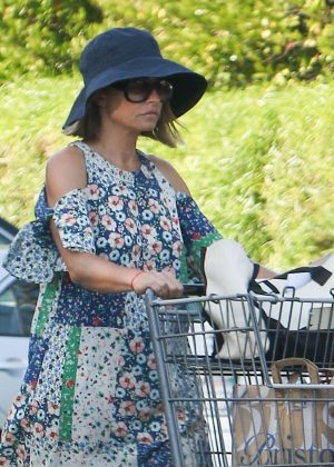 Rebecca Gayheart Shopping at Bristol Farms in Los Angeles