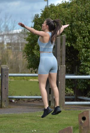 Rebecca Gormley - Working out in Newcastle