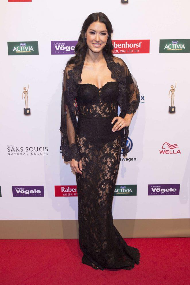 Rebecca Mir - Die Goldene Bild der Frau Awards 2016 in Hamburg Hilary Duff Cast