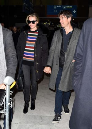 Rebecca Romijn at Charles de Gaulles Airport in Paris
