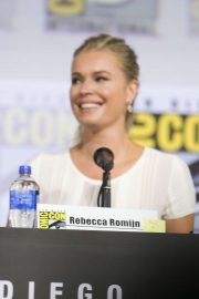 Rebecca Romijn - 'Star Trek Universe' Panel at Comic-Con San Diego 2019