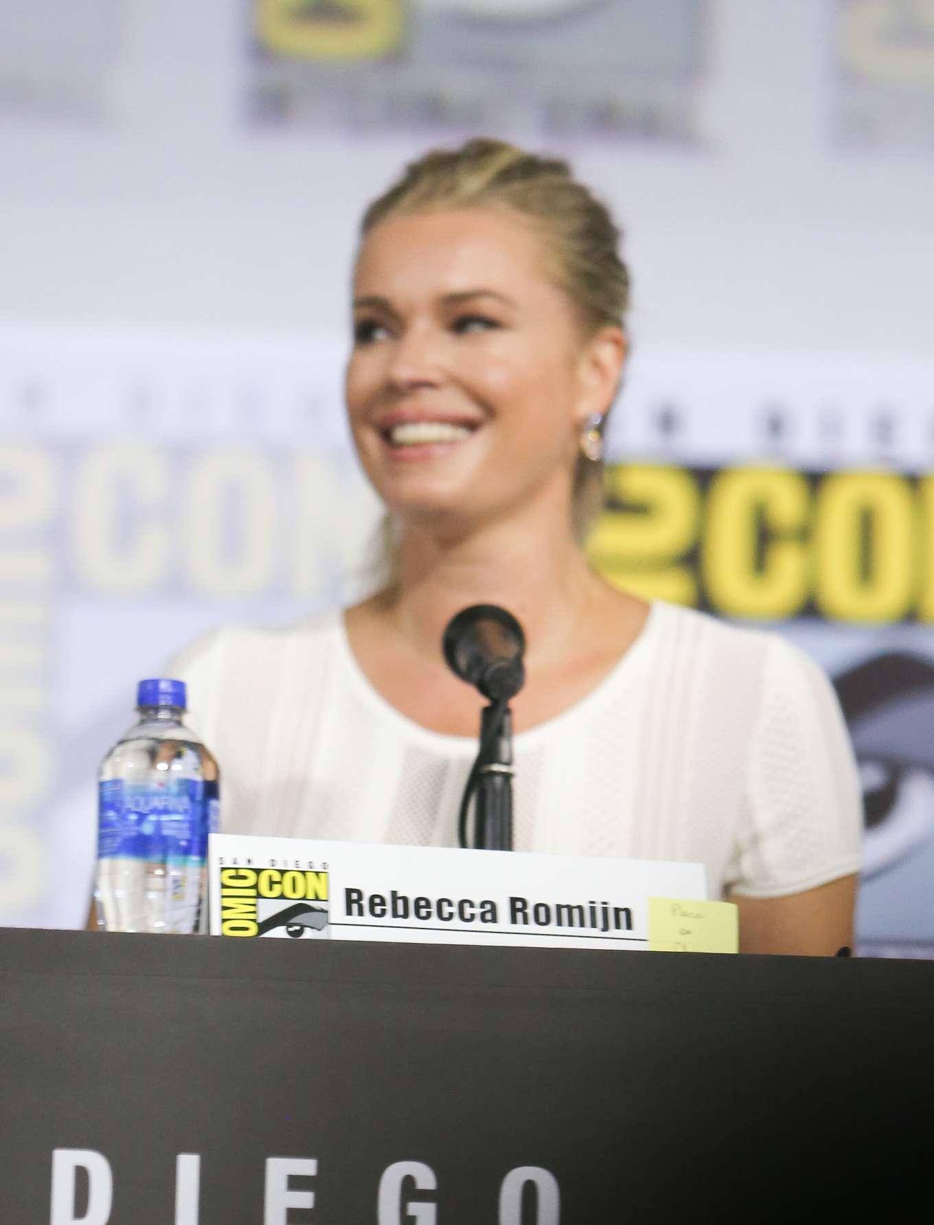 Rebecca Romijn - 'Star Trek Universe' Panel at Comic-Con San Diego 2019