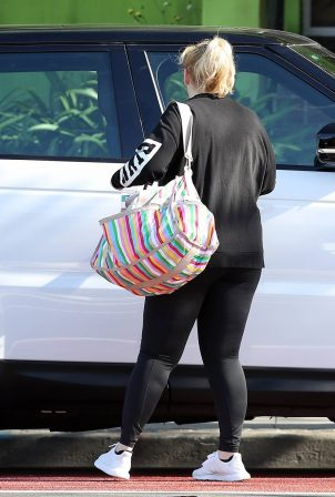 Rebel Wilson - Leaving the gym in Sydney