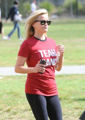 Reese Witherspoon - ALS Association Golden West Chapter LA County Walk to Defeat ALS in LA