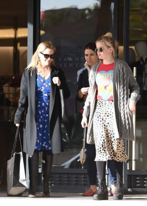 Reese Witherspoon and Ava Phillippe - Shopping at Barneys New York in Beverly Hills