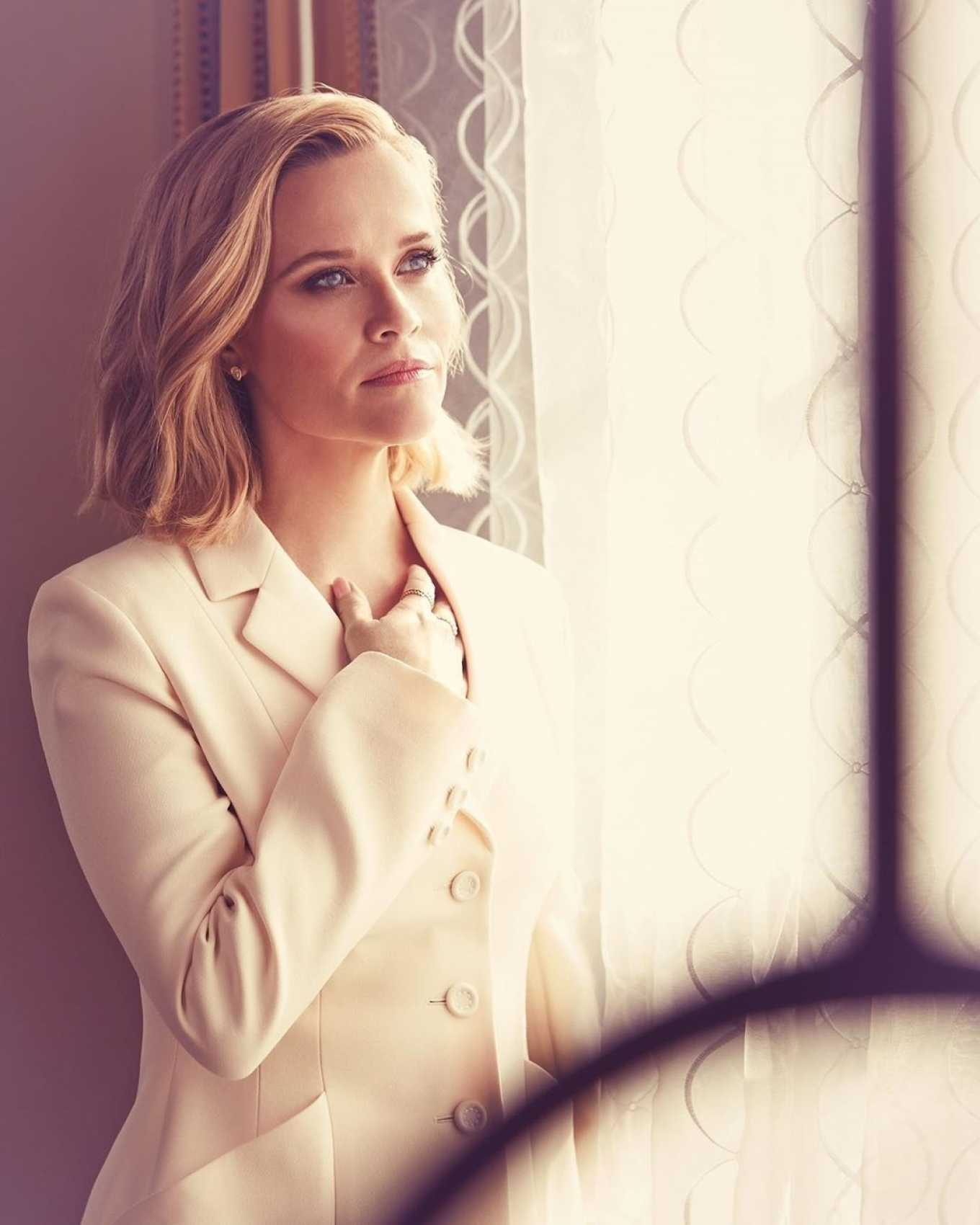 Reese Witherspoon 2020 : Reese Witherspoon and Kerry Washington – Emmy Magazine 2020-06