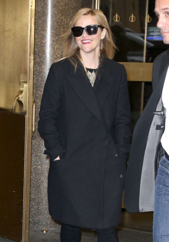 Reese Witherspoon Arrivea at 'The Today Show' in New York