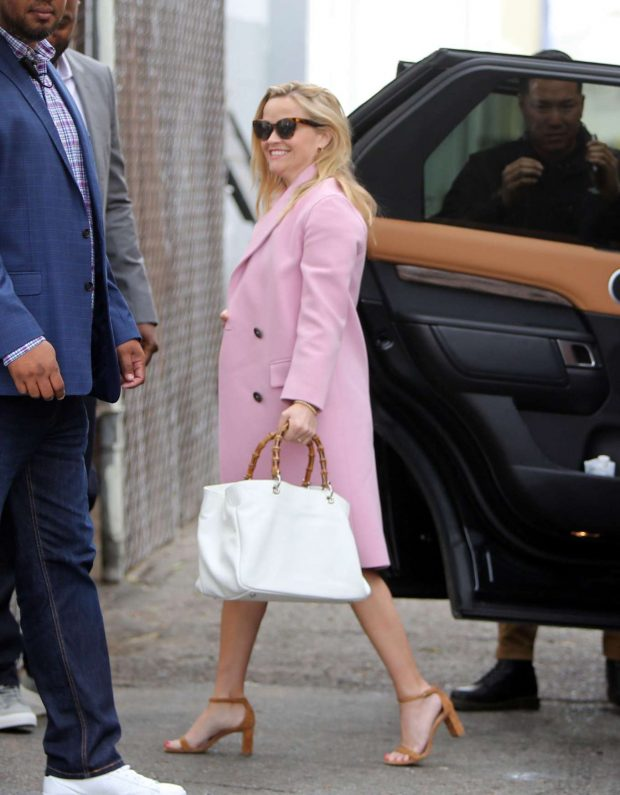 Reese Witherspoon: Arrives at church services -02