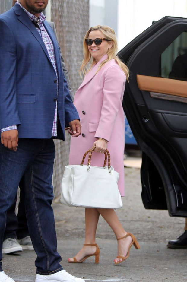 Reese Witherspoon: Arrives at church services -05