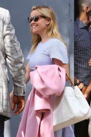 Reese Witherspoon - Arrives at church services in Los Angeles