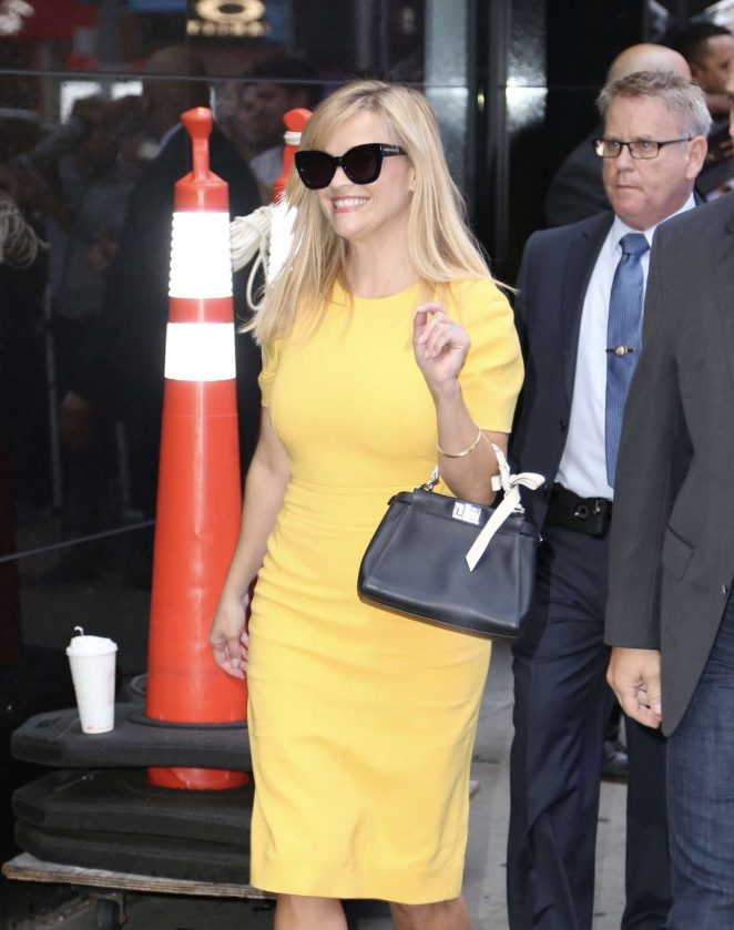 Reese Witherspoon - Arrives at Good Morning America studios in NY