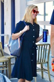 Reese Witherspoon - Arrives at her office in LA