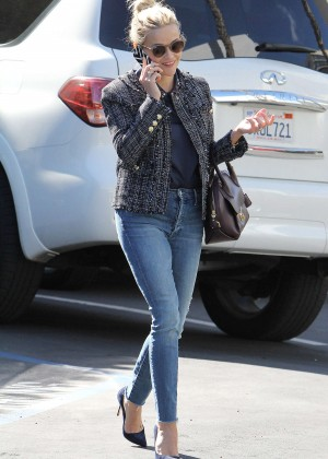 Reese Witherspoon - Arriving at a Studio in Santa Monica