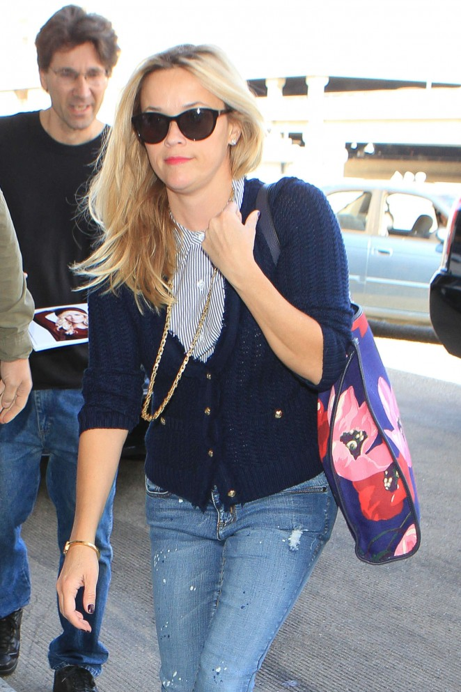 Reese Witherspoon at LA International Airport