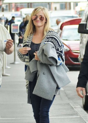 Reese Witherspoon in Jeans at LAX Airport