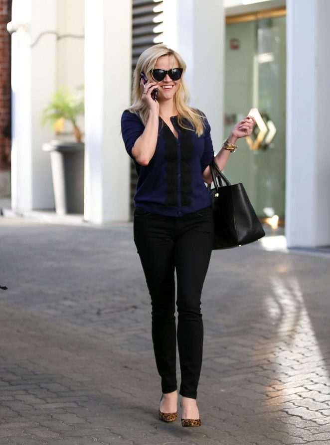 Reese Witherspoon Eexiting her office in Beverly Hills