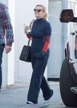 Reese Witherspoon - Heads to a studio in LA