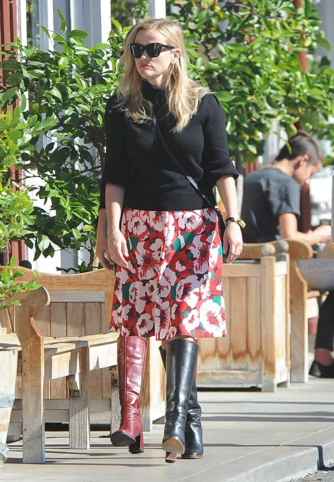 Reese Witherspoon in Floral Skirt Out in Brentwood