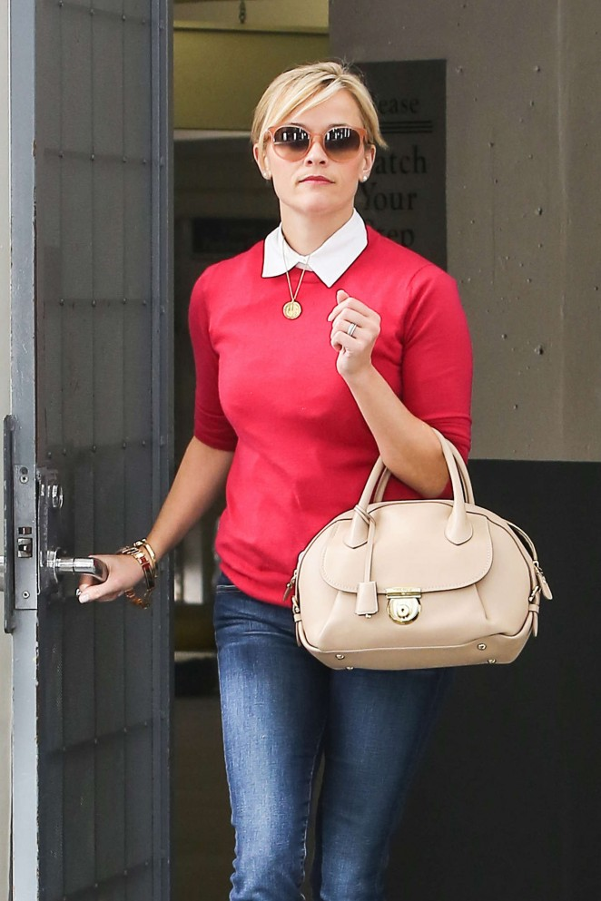 Reese Witherspoon in Jeans Leaving her office in Beverly Hills