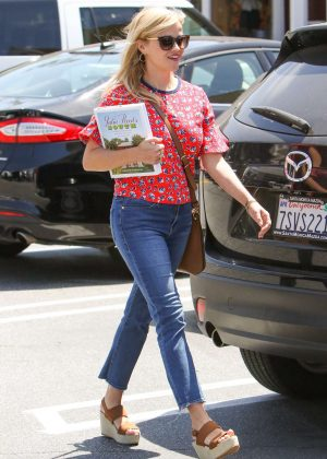 Reese Witherspoon in Jeans out in Los Angeles