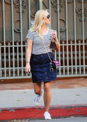 Reese Witherspoon in Mini Skirt out in Santa Monica