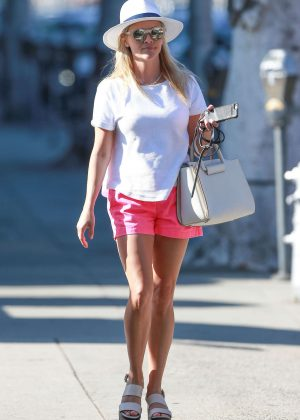 Reese Witherspoon in Pink Shorts Out in Beverly Hills